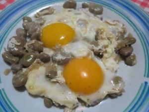 fave con le uova